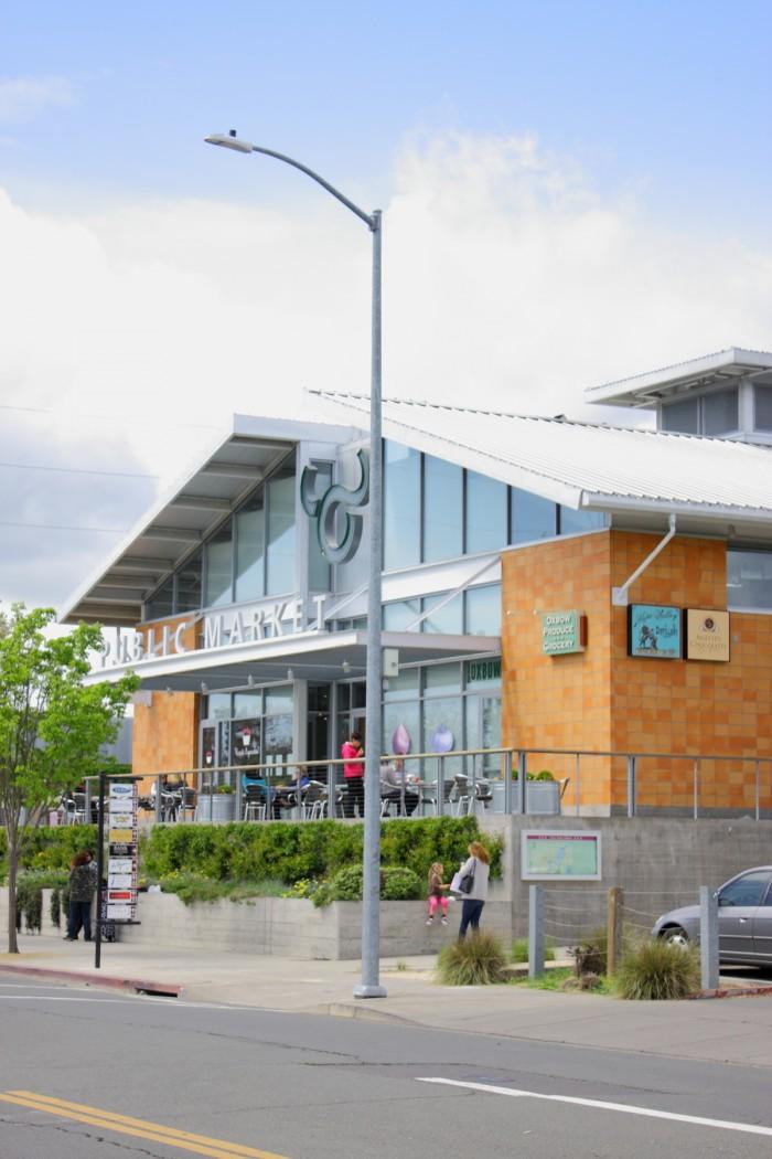 お店はナパの中心部、オックスボウ・パブリック・マーケットにある