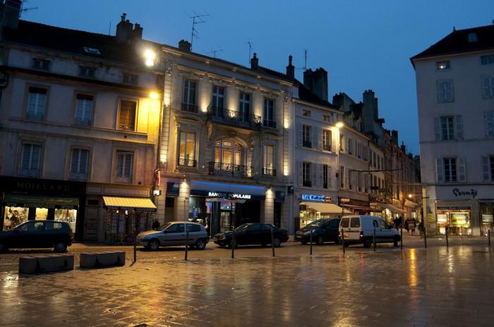 ボーヌの夜の街並み