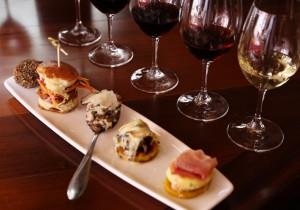 カリフォルニアスタイル  料理に合わせて選べる愉しさワイン、バイ ザ グラス