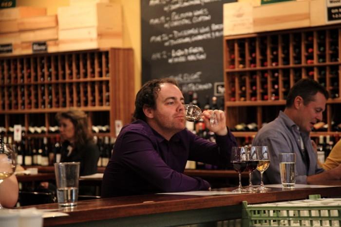 バイ ザ グラスで愉しむシャルドネにソーヴィニョン・ブランとピノ・ノワールにシラー
