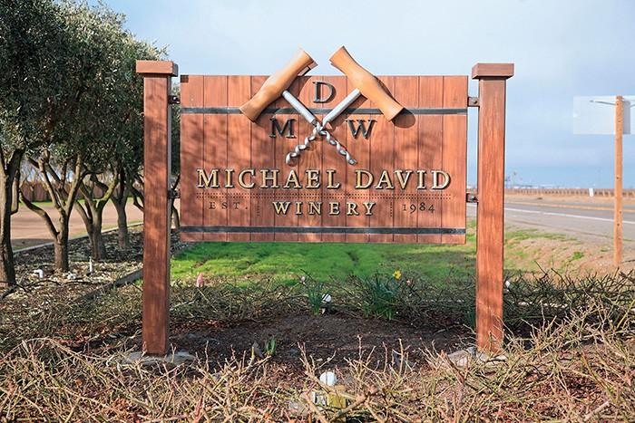 ローダイの町の西、10キロメートル弱にワイナリーはある