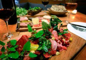 カリフォルニアのジンファンデル―3―アメリカンな皿に最も合う赤は?答えは、ジンファンデル!